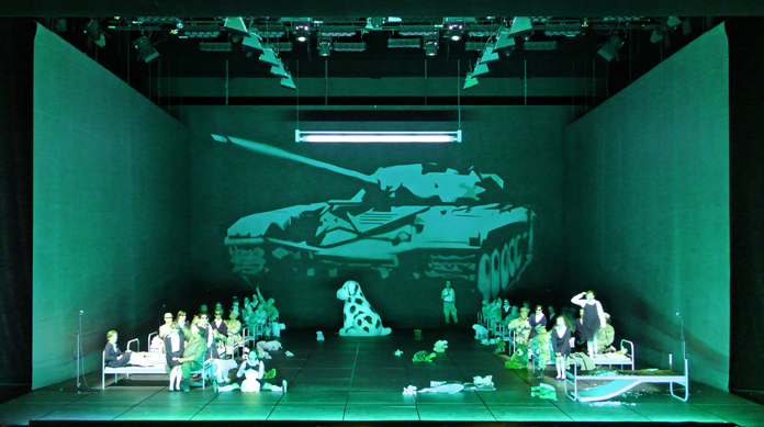 Klaus Grünberg, set and light design for Carmen, Oper Leipzig, 2009